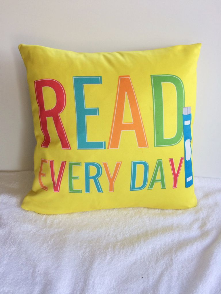read everyday pillow