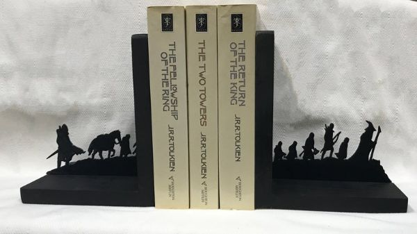 silhouette fantasy figures bookends