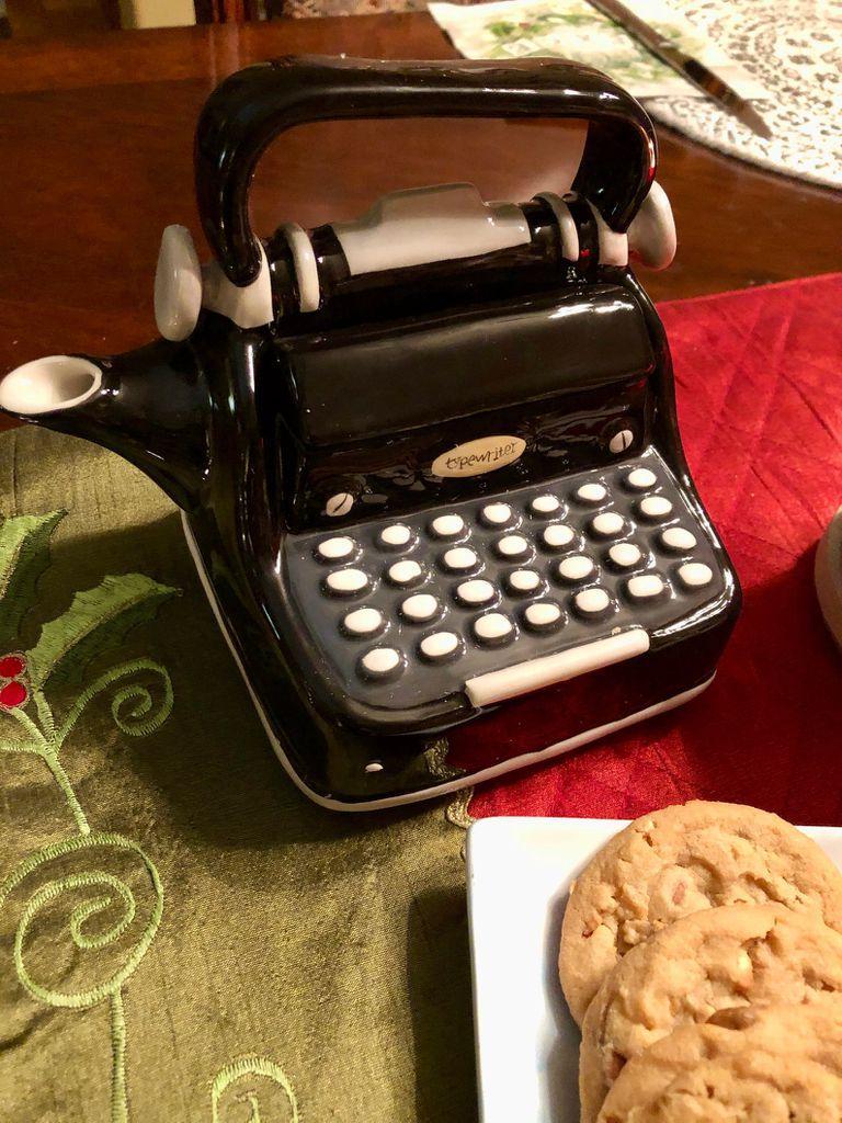typewriter tea pot