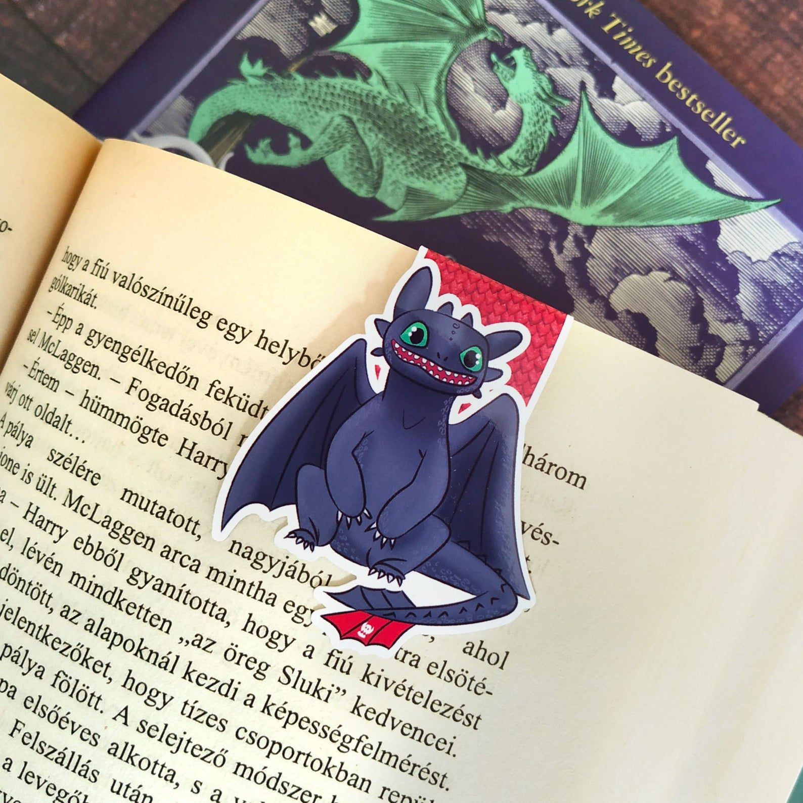 Magnetic Toothless bookmark