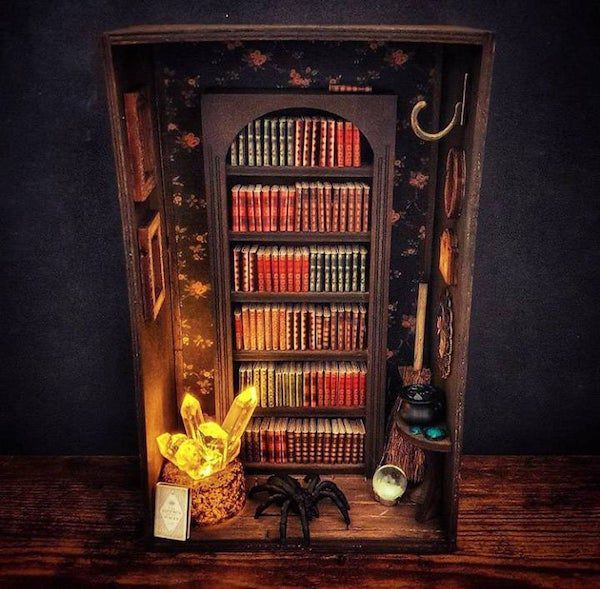 Miniature bookcase shelf insert
