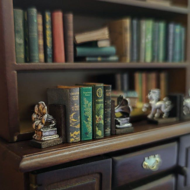 dollhouse bookends