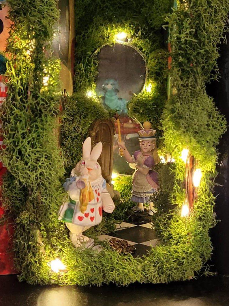 Alice in Wonderland book nook