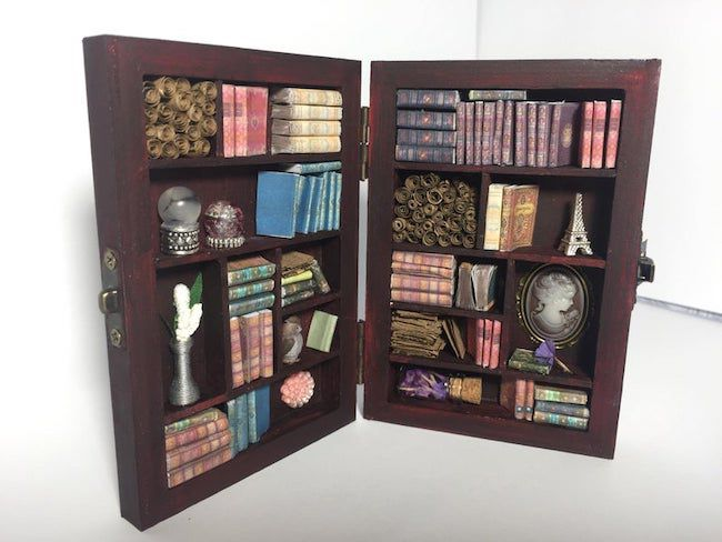 Hinged miniature library