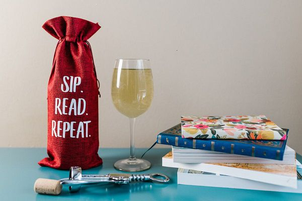 wine bag for book lovers