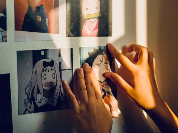 Can You Read Manga On A Kindle?   BookRiot.com https://unsplash.com/photos/qTlbO6mkQH0