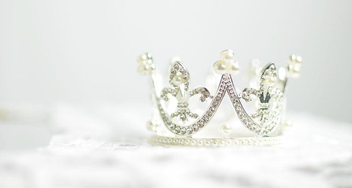 Crown for royalty feature