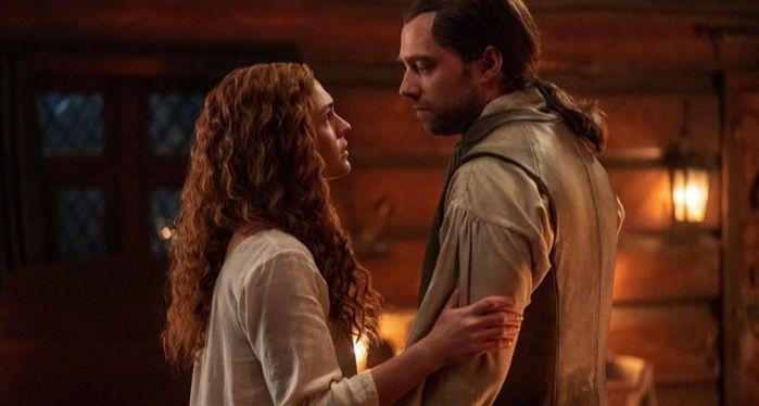 Richard Rankin and Sophie Skelton in Outlander (2014)