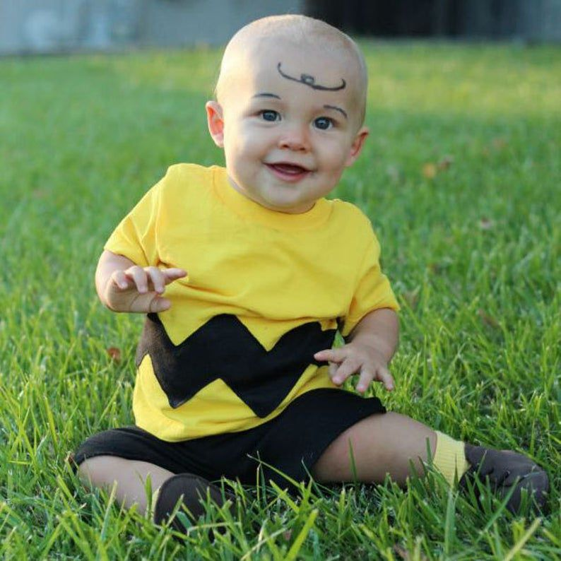 Image of a child in a Charlie Brown costume.