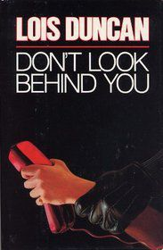 cover image of Don't Look Behind You by Lois Duncan