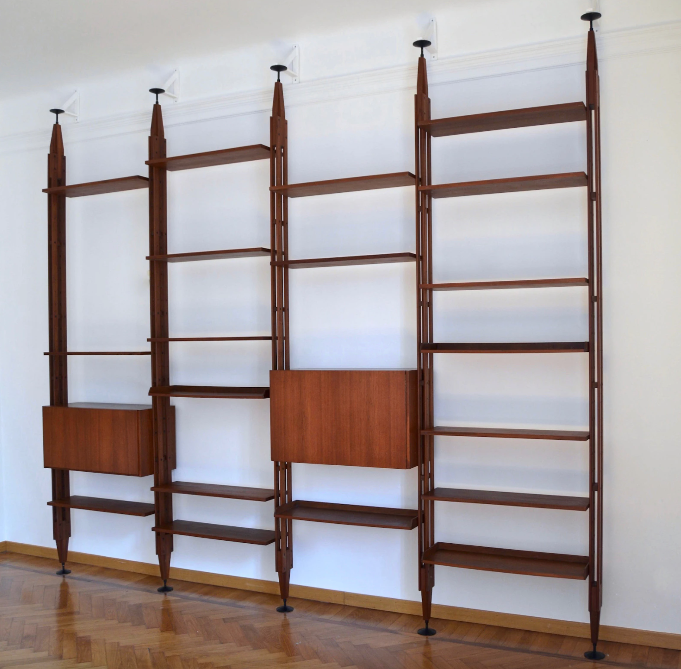 floor to ceiling bookcase
