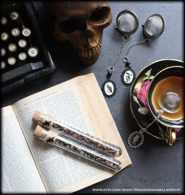 Poe tea ball infuser gift set