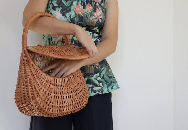 picture of wicker handbag