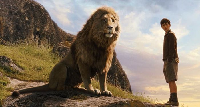 still frame of Aslan the lion in 2005 film Chronicle of Narnia: The Lion, the Witch, and the Wardrobe