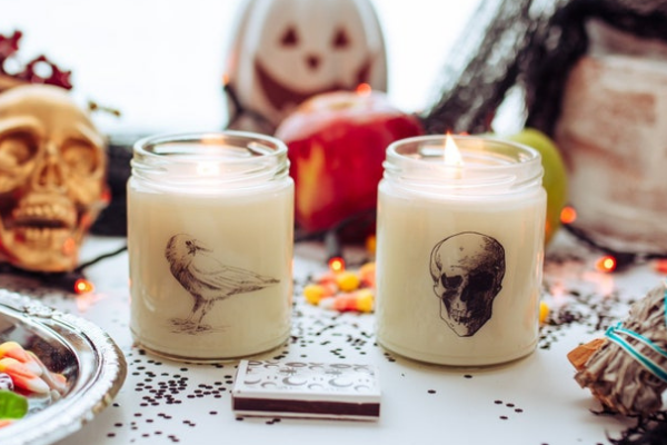 Spooky Skull Candle